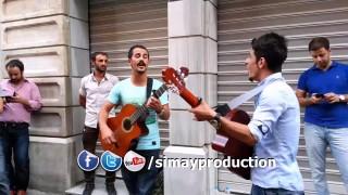 Barış U Eymen Taksim İstiklal Caddesi